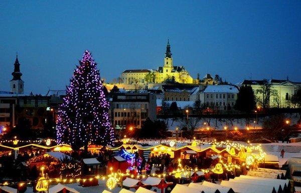 Vianočné mestečko aj medzi sviatkami