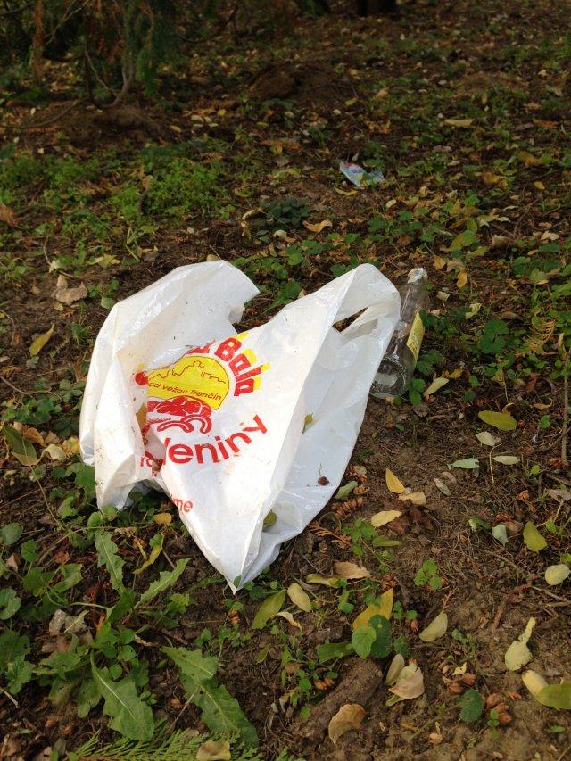 Nainštalovanie odpadkových košov