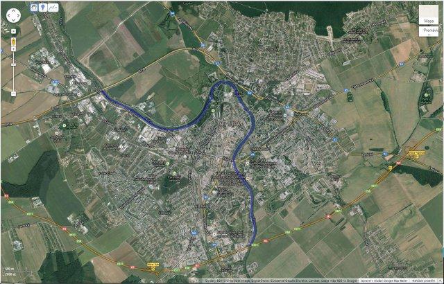 Oprava chodníkov pri rieke pre cyklistiku, inline a prechádzky